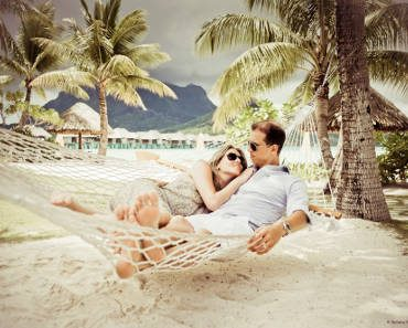 BORA BORA PHOTO SESSION HELENE HARVARD