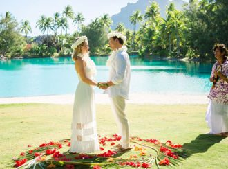 traditional wedding ceremonies in Bora Bora, Tahiti