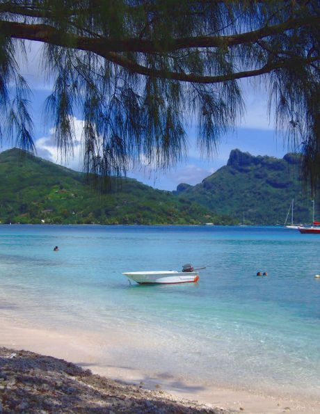 romance vacation in huahine