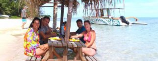 Full day lagoon tour by boat with pic nic by Moorea Miti Tour