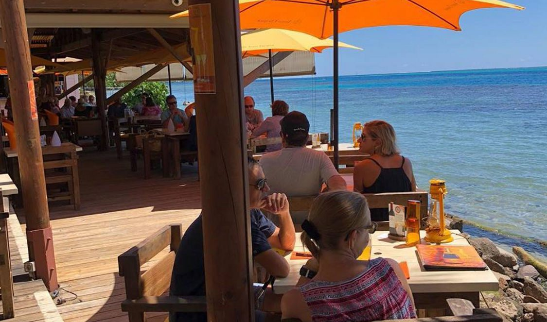 lunch by the lagoon restaurant moorea beach cafe during a moorea vacation