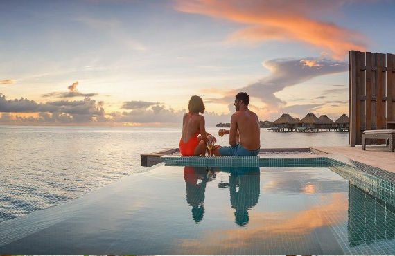 Luxury all inclusive vacations packages to Bora Bora