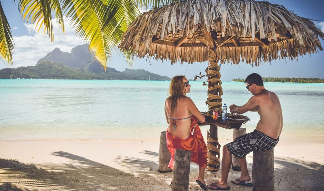 romantic lunch in tahitian atmosphere in bora bora during your vacation