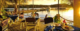 combo romantic sunset lagoon tour + dinner at villa mahana on bora bora island