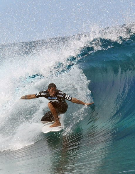 tahiti surf vacations