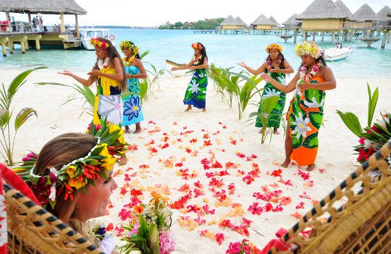 tahitian wedding in bora bora